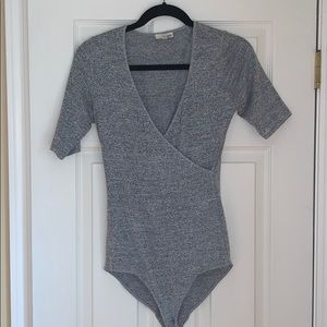 Wilfred Free Gray 3/4 Length Sleeve Body Suit Sz M